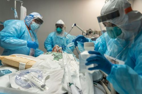 US coronavirus infections top 13m as 65 Americans die every hour from Covid-19
