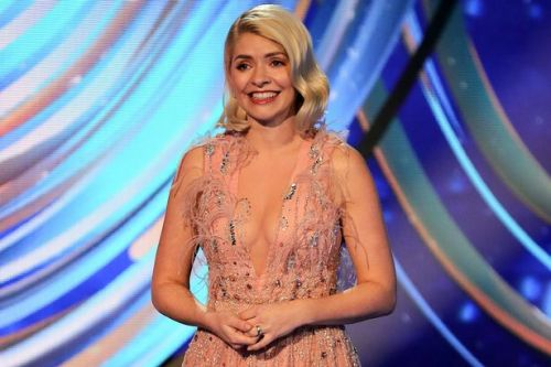 Great cleavage divide - should stars like Holly Willoughby show off or cover up