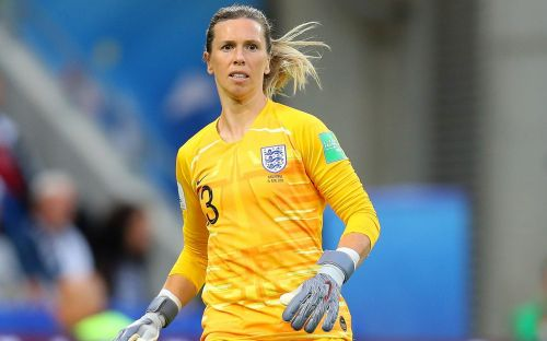 Carly Telford postpones England retirement because of Covid as she maintains goal of playing at Olympic Games