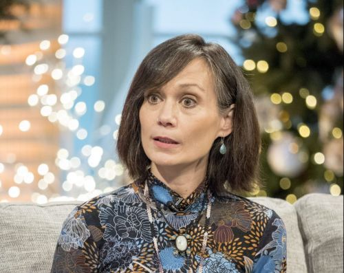 Leah Bracknell dead aged 55 - Ex-Emmerdale star dies after three-year cancer battle