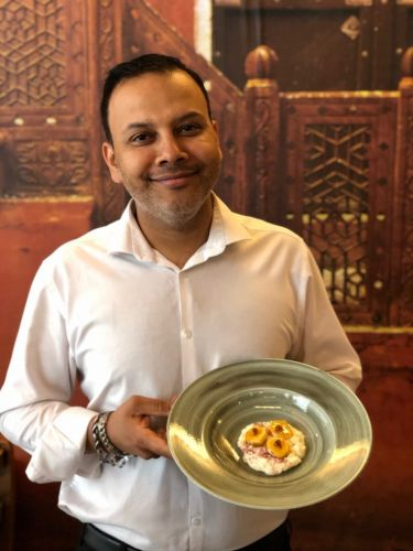 Popular restaurant creates unique dessert to celebrate World Honey Bee Day