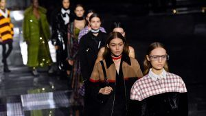 Burberry has announced it will have a live fashion show at LFW