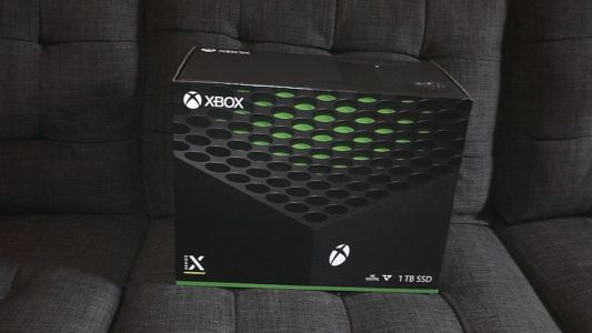First Look: Unboxing the Xbox Series X