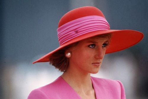 The heartbreaking reason Princess Diana stopped wearing Chanel