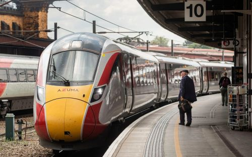 North to receive £2,300 less per person in travel spending than London, says think tank