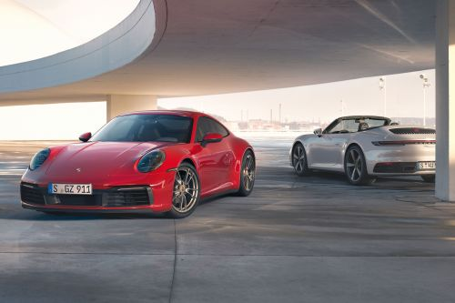 New entry-level Porsche 911 Carrera 4 unveiled