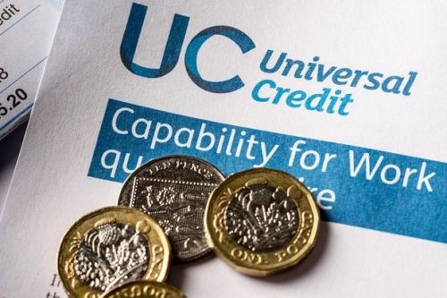 MPs demand extra financial support during 5 week wait for Universal Credit