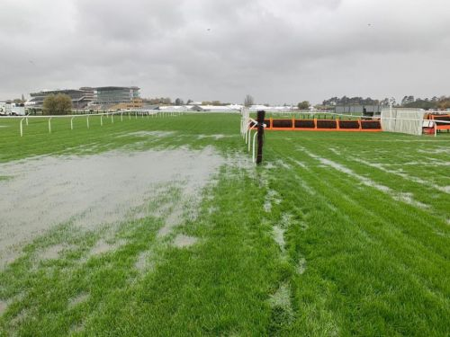 Cheltenham races abandoned on Friday with inspection to be held for Saturday