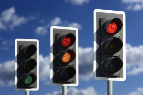 'Smart' traffic lights could tell motorists how fast to drive on UK roads
