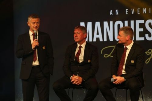 Man Utd need a leader like Bryan Robson says Ole Gunnar Solskjaer as boss hints at transfer plans
