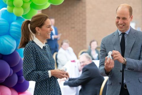 Duke and Duchess of Cambridge pay tribute to NHS heroes at tea party celebration