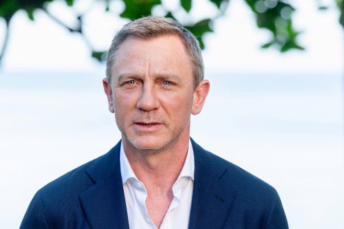 No Time To Die's Daniel Craig thanks 'good surgeon' for quick return to Bond after ankle fracture