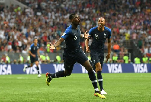 Paul Pogba leads France fans in brilliant N'Golo Kante chant