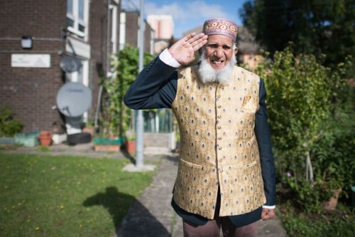 101-year-old inspired by Captain Tom to lead walking fundraiser while fasting