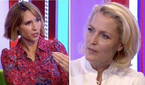The One Show: Fans stunned as Gillian Anderson walks off BBC set 'She couldn't wait'