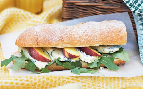 Baguette with Roquefort, peach and rocket recipe