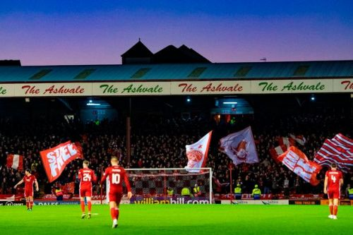 Aberdeen fans go above and beyond to buy season tickets as club thank support