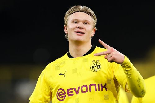 Chelsea plotting club-record deal to sign Borussia Dortmund striker Erling Haaland ahead of rivals
