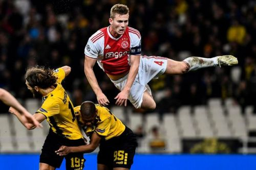 Arsenal set to rival Liverpool for £75m defender