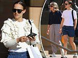 Natalie Portman visits the Art Gallery of NSW with her mother Shelley