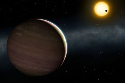 Astronomers spot two giant planets performing a strange 'gravitational dance'