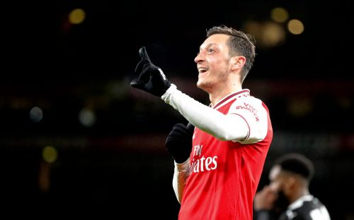 Mesut Ozil finally leaves Arsenal for Fenerbahce