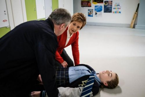 6 Neighbours spoilers for next week: Mackenzie collapses in siege and Chloe's baby in danger