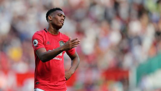 Sources: Martial injury hinders Sanchez exit from Utd