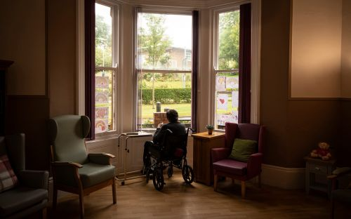'No advice, no help, no love: The trauma of watching dad die of Covid in a care home is still raw'