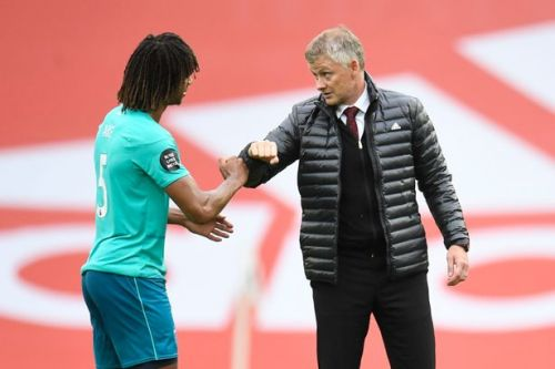 """Solskjaer appears to tell Nathan Ake he """"needs"""" a player like him at Man Utd"""