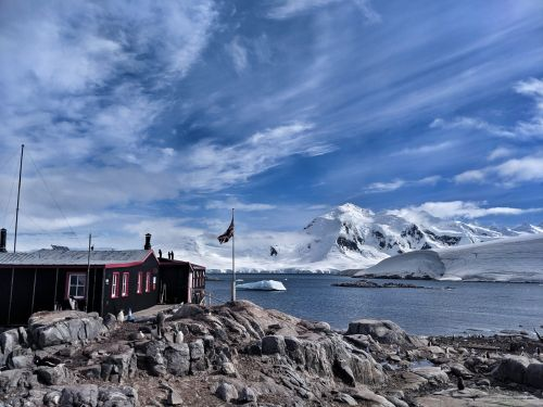 Vicky from Gourdon returns from penguin-monitoring adventure at Antarctic post office