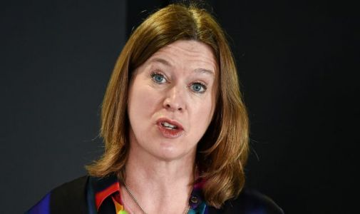 Coronavirus: Police warn Scottish medical chief Catherine Calderwood after holiday home visit