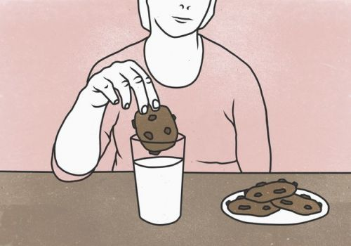 Lactation Cookies Are Apparently A Thing - So Should Breastfeeding Mums Be Eating Them?