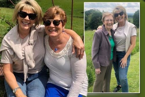Ruth Langsford praised sister Julia for act of kindness towards their ailing mum