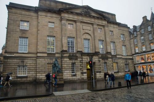 Drug dealing Scots dad took tiny tot on £600,000 cocaine pick-up