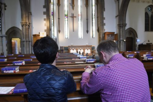 Edinburgh church invites people to take a pew for five minutes of mindfulness