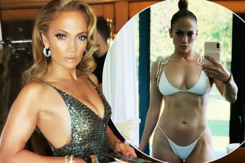 Bikini-clad Jennifer Lopez defies her 50 years with slender figure and toned abs