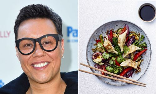 Gok Wan's easy gyoza stir fry is the ultimate healthy dinner recipe