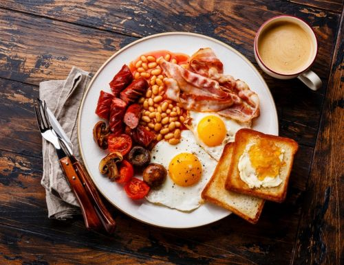 Eating a big breakfast 'helps you burn double the calories', says study