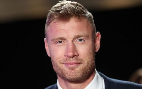 Andrew Flintoff - I'd give up my TV career to play cricket again