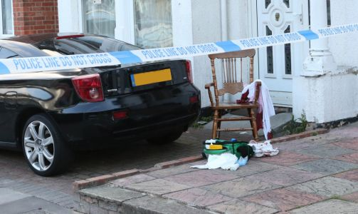 Croydon stabbing - Man in 50s rushed to hospital after being knifed repeatedly in South London