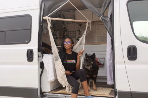 Woman who earns over $300,000 a year chooses to live in a van