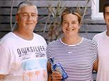 Heartwarming story of how a message in a bottle which travelled 1500km along the coast