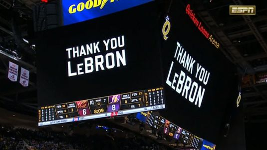 The Cavaliers gave LeBron James a touching video tribute in his first game back in Cleveland since joining the Lakers