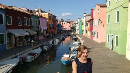 I've been living abroad for 3 years and these are the 5 biggest money mistakes I've made