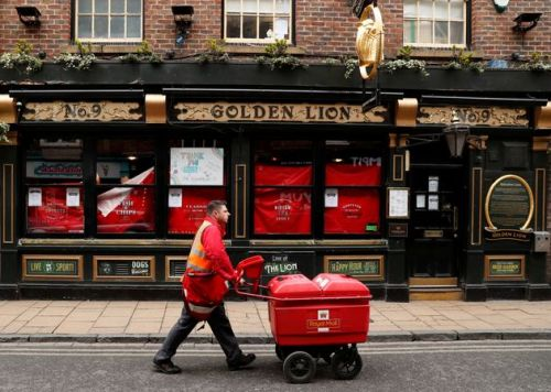 Royal Mail Now Picks Up Parcels From Your Home. Here's How It Works