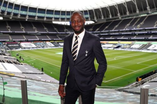 Ledley King returns to Tottenham as club legend joins Jose Mourinho's staff