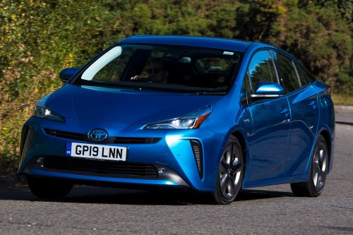 New Toyota Prius AWD 2019 review