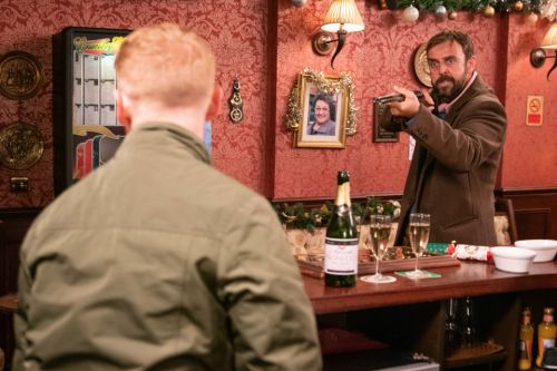 11 Coronation Street Christmas Day spoiler pics including the terrifying moment Gary Windass is held at gunpoint