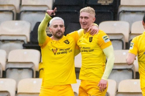 Livingston star Scott Robinson targeting place alongside 2004 League Cup heroes